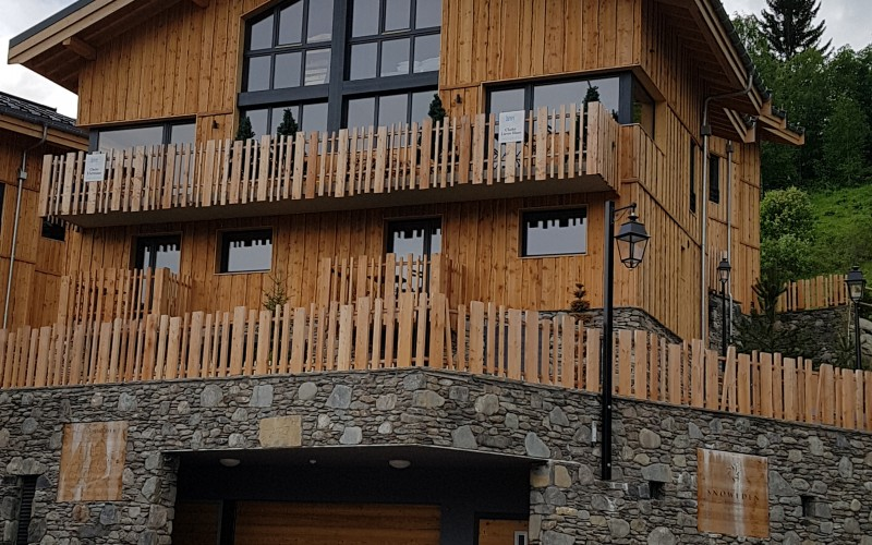 Front of Chalet Hermine Montchavin external view