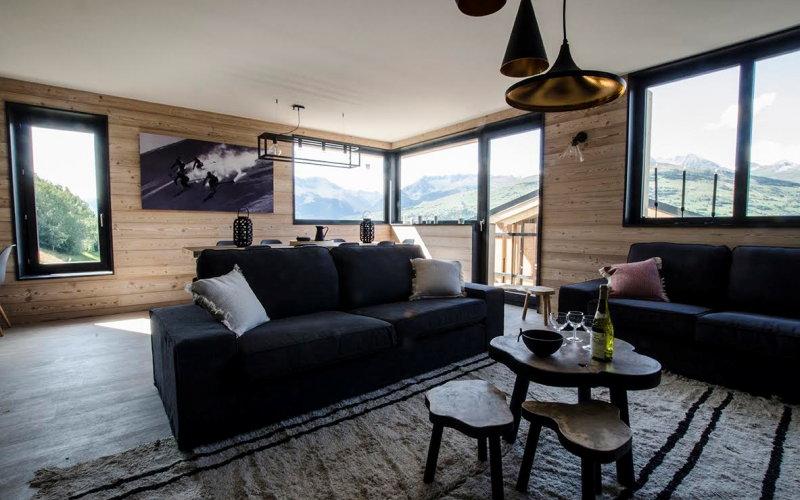 Chalet Hermine Blanc lounge with great views