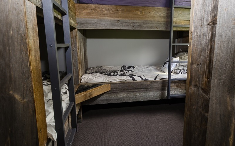 4 bunkbed room